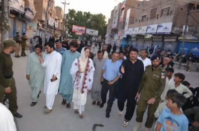 زرتاج گل کا ڈیرہ غازی خان میں مرکزی امام بارگاہ کا دورہ
