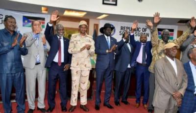 سوڈان میں حکمران کونسل اورباغی رہنمائوں نے امن مذاکرات کے لائحہ عمل پراتفاق کیاہے جو آئندہ ماہ شروع ہونے کی توقع ہے