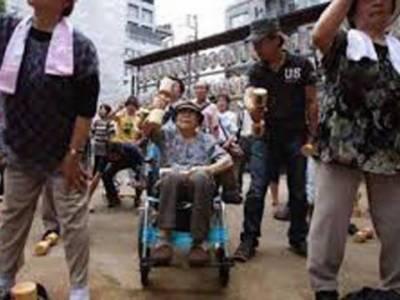 جاپان میں 100 سال یا اس سے زائد عمر کے افراد کی تعداد 71 ہزار سے تجاوزکر گئی