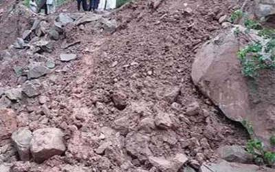 ڈی آئی خان: مٹی کا تودہ گرنےسے 4 افراد جاں بحق