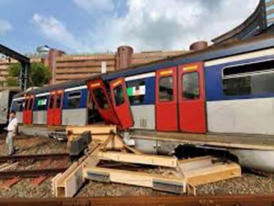 ہانگ کانگ ٹرین پٹڑی سے اتر گئی ،8مسافر زخمی