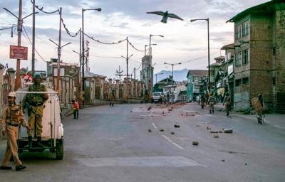 مقبوضہ کشمیر میں بھارتی ظلم وجبر کا سلسلہ جاری،کرفیوکا 46 واں روز
