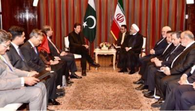 عمران خان کی ایرانی صدر سے ملاقات