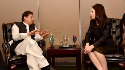 وزیراعظم نے نیوزی لینڈ کی ہم منصب کومقبوضہ کشمیرمیں جاری انسانی بحران کے بارے میں آگاہ کیا