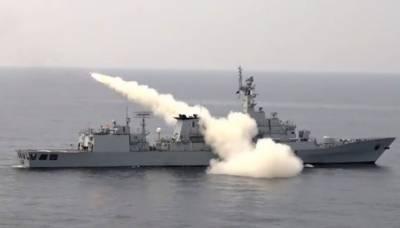 پاکستان نیوی کی جنگی مشقیں، جنگی جہازوں سے میزائل فائرنگ کا کامیاب مظاہرہ