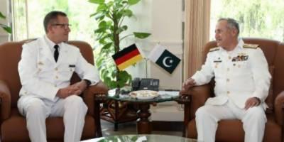 جرمن نیول چیف کی سربراہ پاک بحریہ ایڈمرل ظفر محمود عباسی سے نیول ہیڈکوارٹر اسلام آباد میں ملاقات
