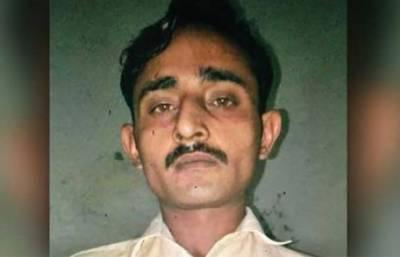 سانحہ چونیاں: پنجاب پولیس نے چونیاں میں بچوں کے قاتل کو پکڑنے کیلئےبھیس بدلا، رکشہ چلایا، پاپڑ بھی بیچے