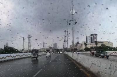 کراچی سمیت سندھ کے مختلف اضلاع میں گرج چمک کے ساتھ بارش