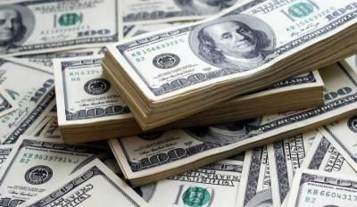 انٹر بینک میں ڈالر کی قدر میں 5 پیسے کمی