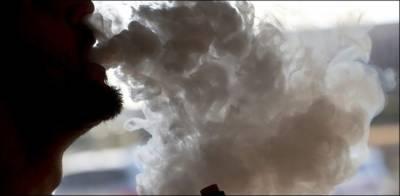 امریکا میں ای سگریٹ سے 1300 افراد پھیپھڑوں کے عارضے میں مبتلا