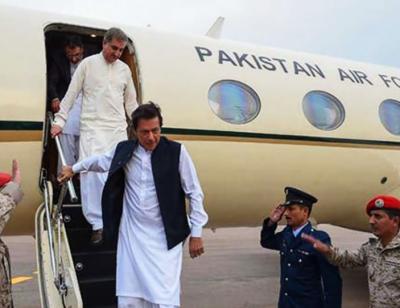 وزیراعظم دورہ ایران کے بعد وطن واپس پہنچ گئے، کل سعودی عرب جانے کا پروگرام