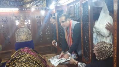 شاہ عبداللطیف بھٹائی کا 276ویں عرس شروع۔گورنر عمران اسماعیل نے افتتاح کیا