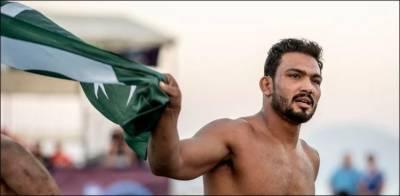پاکستانی پہلوان انعام بٹ نے ورلڈ بیچ ریسلنگ میں گولڈ میڈل جیت لیا