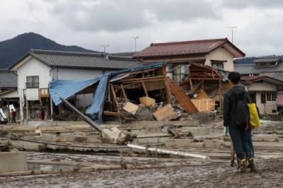 جاپان میں آئے طوفان میں ہلاک ہونے والوں کی تعداد 74 ہوگئی۔
