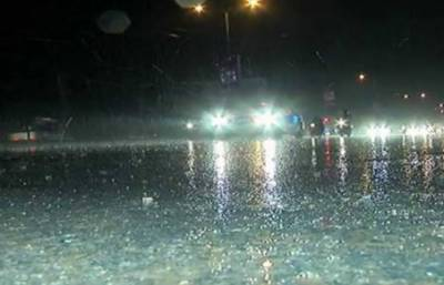 ملک کے مختلف علاقوں میں باران رحمت، موسم سرد ہو گیا