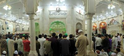 حضرت داتاگنج بخش رحمۃ اللہ علیہ کےعرس کی تقریبات جاری