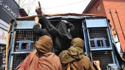بھارتبغیر کسی الزام کے گرفتار کیے گئے تمام کشمیریوں کو رہا کرے۔ ایمنسٹی انٹرنیشنل