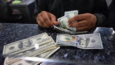 نئے کاروباری ہفتے کے آغاز پر انٹربینک میں ڈالر5پیسے مہنگا،اسٹاک ایکسچینج میں بھی مندی