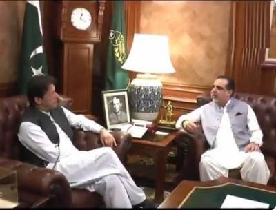 وزیراعظم عمران خان کی ایک روزہ دورے پرکراچی آمد،وزیراعظم سےگورنرسندھ عمران اسماعیل کی ملاقات