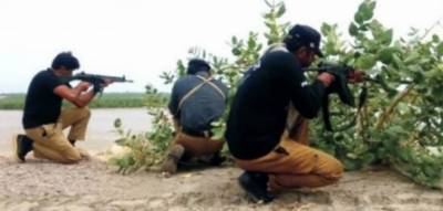 کراچی: 3 ڈکیت بھائیوں میں سے 1 مقابلے میں ہلاک، 2 گرفتار