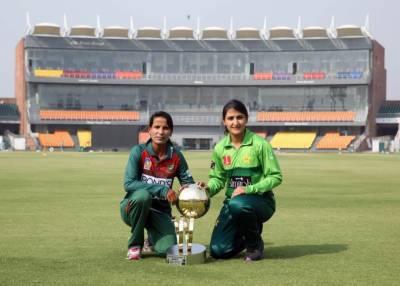 تاریخ میں پہلی بار پاکستان ویمنز کرکٹ ٹیم پاکستان میں ایکشن میں دیکھائی دے گی۔