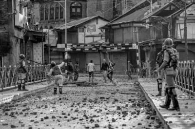 کشمیر پر بھارتی قبضے کے72سال، پاکستان سمیت دنیا بھر میں یوم سیاہ