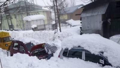 مقبوضہ کشمیر: شدید برفباری،4بھارتی فوجیوں سمیت 9افراد ہلاک