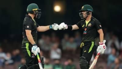 آسٹریلیا نے پاکستان کی تیسرے ٹی ٹوئنٹی میں بدترین شکست دے کر سیریز بھی جیت لی۔