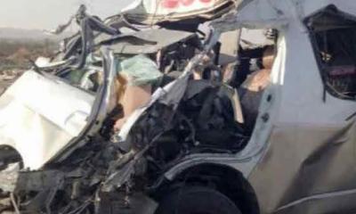 ڈالہ الٹنے، وین درخت سے ٹکرانے سمیت 3 ٹریفک حادثات، 7 افراد جاں بحق 19 زخمی