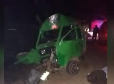 تاندلیانوالہ میں مسافر وین کو حادثہ ،3 افراد جاں بحق، 5 زخمی