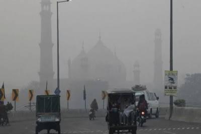 فضائی آلودگی میں لاہور پھر ایک مرتبہ دنیا میں سب سے آگے۔