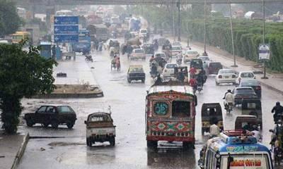 کراچی میں موسم سرما کی پہلی بارش، شہر کا موسم خوش گوار