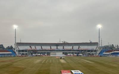 راولپنڈی ٹیسٹ،میچ ڈرا کی جانب گامزن، تیسرا روز بھی خراب موسم کی نذر