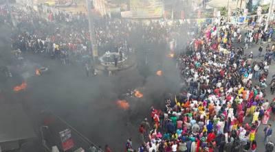 شہریت کا متنازع قانون:ہنگامہ آرائی اور احتجاج پورے بھارت میں پھیل گیا۔