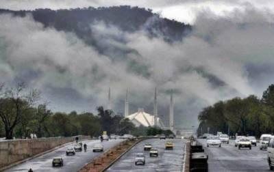 آئندہ 24 گھنٹوں کے دوران پنجاب اور بالائی سندھ کے میدانی علاقوں شدید دھند کا امکان ہے، محکمہ موسمیات