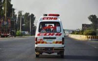 ڈھرکی قومی شاہراہ پر مسافر کوچ اور ٹرک کے درمیان تصادم دو افراد جاں بحق