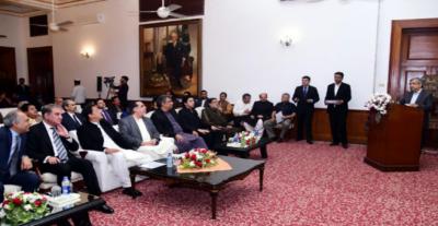 وزیراعظم کی سندھ کے ترقیاتی پیکج کے تحت جاری منصوبوں کی بروقت تکمیل یقینی بنانے کی ہدایت