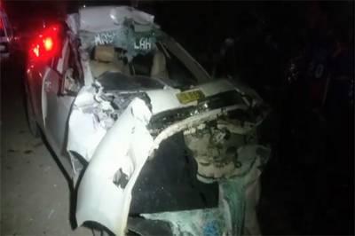 کرا چی:شیر شاہ میں کار اور ٹیلر میں تصادم، 3 نوجوان جاںبحق
