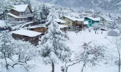 ملک بھر میں شدیدسردی کے باعث ٹھنڈ کے ریکارڈ پرریکارڈ ٹوٹ گیا