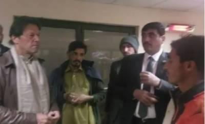 وزیرِ اعظم عمران خان کا ترلائی پناہ گاہ کا اچانک دورہ, قیام پذیر مختلف افراد سے بات چیت