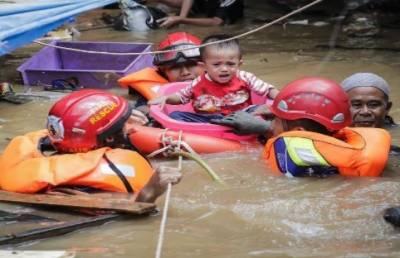 انڈونیشیا میں سیلاب ہلاکتوں کی تعداد 43 ہو گئی