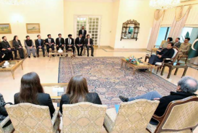 وزیراعظم کاملک میں یکساں نصاب تعلیم متعارف کرانے کے عزم کااعادہ