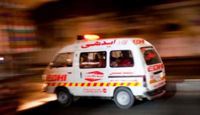 کراچی: گاڑی میں آگ لگ گئی، 6 افراد جھلس کر جاں بحق