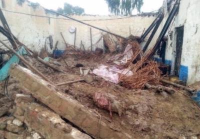 بارشوں کے باعث چھتیں گرنے سے 10 افراد جاں بحق