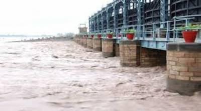 بارشوں کی وجہ سے ہیڈمرالہ کے مقام پر دریائے چناب کے پانی کی آمد بڑھ کر15082 کیوسک تک پہنچ گئی