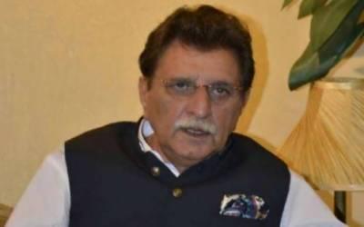برفباری کا سلسلہ ختم ہونے کے فوری بعد زمینی راستہ بحال کیا جائے گا: راجہ فاروق حیدر