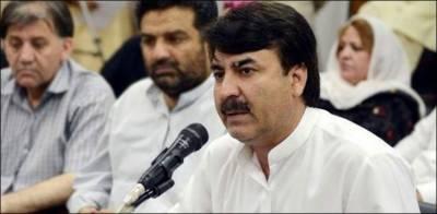 کراچی روشنیوں کا شہر نہیں رہا، کچرے کے انبار لگے ہیں: شوکت یوسفزئی