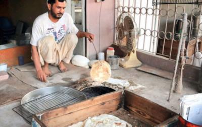 آٹا بحران: نان بائیوں نے ہڑتال ختم کرنے کا اعلان کردیا