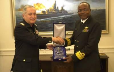 کینیا کے کمانڈر نیوی کا نیول ہیڈ کوارٹرز اسلام آباد کا دورہ
