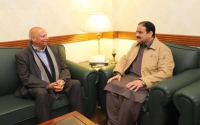 گورنر پنجاب اوروزیراعلی عثمان بزدار کی ملاقات،سیاسی امورپر تبادلہ خیال